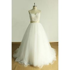 A-line+Wedding+Dress+Court+Train+Sweetheart+Tulle+with+Appliques+–+USD+$+99.99