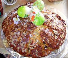 Tvarohový+veľkonočný+koláč Favorite Recipes, Easter, Cookies, Basket, Crack Crackers, Easter Activities, Biscuits, Cookie Recipes, Cookie