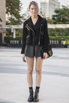 Siam Square, BANGKOK. Kassandra Brain, model. Mango top and jacket, CPS Chaps shorts, Zara shoes, Scotch and Soda purse. Photo Alexander Hotz