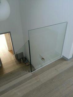 1000 images about sglass design le design sur mesure on pinterest sous s - Garde corps en verre pour mezzanine ...