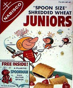 Nabisco should bring back Spoonman for baby boomers! Spoon Size Shredded Wheat Juniors c. Retro Advertising, Vintage Advertisements, Vintage Ads, Vintage Designs, Vintage Food, Retro Ads, Vintage Paper, Kids Cereal, Cereal Boxes