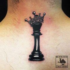 Thigh Tattoo Men, Cool Wrist Tattoos, Feather Tattoos, Body Art Tattoos, Small Tattoos, Forarm Tattoos, Crown Hand Tattoo, Small Crown Tattoo, Crown Tattoo Design