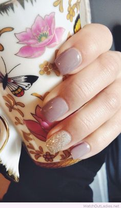 cool Lovely Spring gel nails