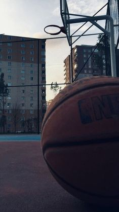 Basketball Aesthetic Couple - Basketball Drills For Tryouts - Basketball Tattoos Bicep - Tiger Basketball Logo Basketball Tumblr, Basketball Girlfriend, Basketball Drawings, Basketball Tattoos, Basketball Room, Street Basketball, Basketball Workouts, Basketball Birthday, Basketball Pictures