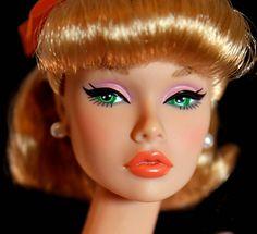 Green eyed beauty.  Center of Attention Poppy Parker