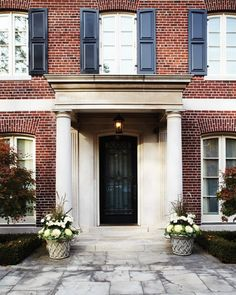 Grand Front Entrance | photo Angus Fergusson | House & Home