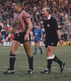 Vinnie Jones jugó una temporada en el Sheffield United 1990/91, imagen ante el Crystal Palace el 12 de Enero de 1991en Bramall Lane.