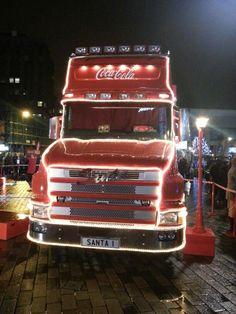 Coca cola truck in luton Coca Cola Santa, Coca Cola Christmas, Christmas In England, Truck, Trucks