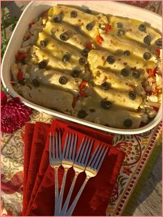Green Chile Turkey Enchiladas - #Green #Chile #Turkey #Enchiladas - #Shredded #Left #Cleanses #Wine #Dishes #Night #Unique #Holidays #Gravy #Pioneer #Wild #Rice #Beef #Brown #Baked #Honey #Easy #Eating #Onions #With #Sliced #Crockpot #Giving #Chili #Beans #Butter #Mushrooms #Spanish #Paleo #Prep #Roasted #Bag #Stuffed #Alton #Orange #Keto #Sausages Chile, Wild Mushrooms, Stuffed Mushrooms, Crockpot, Turkey Enchiladas, New Cooking, Paleo, Keto, Roast