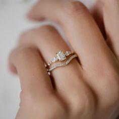 Diamond Windlass Ring, Emerald Cut
