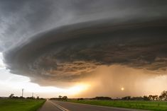 Storm-Chasing Photographer Captures Awe-Inspiring Shots Of Violent Skies