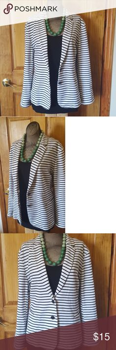 Old Navy striped blazer Super soft and comfy contton Old Navy white blazer with black stripes. This is a re-posh! It's in excellent condition, it was just too big for me.  Easy to dress up or down. Necklace sold on another listing in my closet. Just trying to get what I paid for it, but COMPLETELY OPEN to offers! 😊 Old Navy Jackets & Coats Blazers