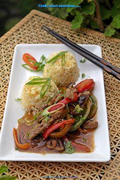 szecsuáni marha pirított rizzsel Bacon, Meat, Chicken, Food, Essen, Meals, Yemek, Pork Belly, Eten
