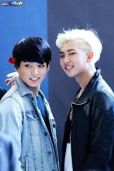 Jung Kook and Namjoon Mamamoo, Bts Hyyh, Daddy And Son, Bts Video, Bts Photo, Bts Wallpaper, Memes, Namjoon, Kpop
