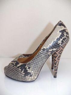 """Fendi Snakeskin Stamped """"ff"""" Printed Peep Toe Heels Platforms $392"""
