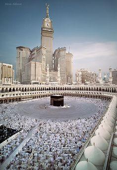 مكة ليلة الختم 1433 by Mosa Akkour, via Flickr