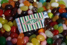 Harry Potter Honeydukes Miniature Chocolate/Candy Bar Pin / Badge