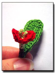 Crown-of-thorns crochet pattern lots of flower patterns here