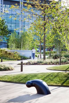 MEDIACITY-Gillespies-Landscape-architecture-16-photo-Ben-Page