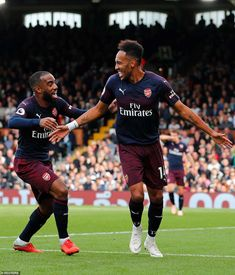 Not wanting to be left out, Pierre-Emerick Aubameyang came off the bench to match Lacazette with a late brace of his own Arsenal Fc Players, Aubameyang Arsenal, Arsenal Football, Football Soccer, Arsenal Wallpapers, Pierre Emerick, Cr7 Ronaldo, Chelsea Football, Fulham