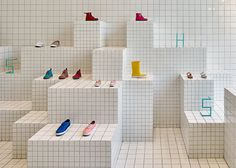 Nábito completes shoe store influenced by school notebooks