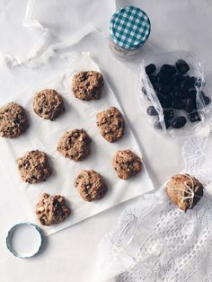 Oatmeal Energy Balls Recipe, Cookie Recipes, Dessert Recipes, Apple Muffins, New Cake, Cut Out Cookies, Breakfast Time, Cookie Bars, Clean Eating Recipes