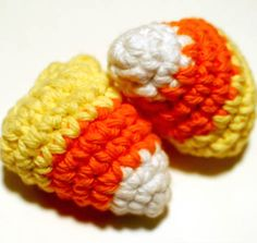 These quick and easy crochet candy corns are a real treat! Free pattern ...