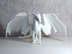 """meanae: """" Cuartodoll will release dragons with wings. And wings (and the extra shoulder parts) separately of course. As awesome as they look (and as realistic too, I'd believe them that they can carry. Clay Dragon, Dragon Art, Fantasy Creatures, Mythical Creatures, 3d Prints, Doll Repaint, Custom Dolls, Ooak Dolls, Creature Design"""