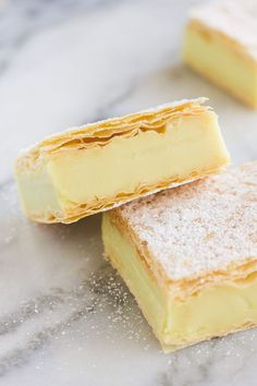These are the vanilla version of my Chocolate Custard Slice and a more, what you would find in a bakery, type dessert than my No Bake Vanilla Custard Slice.So what's this Vegan Vanilla Custard Slice like? Slow Cooker Recipes Cheap, Slow Cooker Recipes Family, Slow Cooker Recipes Dessert, Vegan Dessert Recipes, Vegetarian Recipes, Snack Recipes, Custard Slice, Vanilla Custard, Chocolate Custard