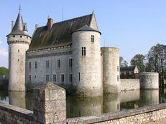 Château de Sully sur Loire - France