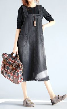 56% OFF! US$22.56 Casual Sleeveless Pockets Strap Denim Dress For Women. SHOP NOW!
