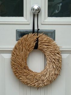 Minimalist Christmas wreath.
