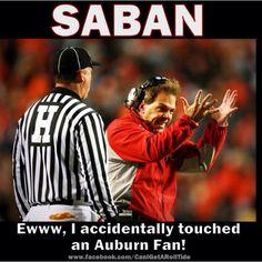 Hahahaha that's too funny Alabama Football Funny, Football Memes, Lsu, College Football, Football Season, Football Stuff, Sports Memes, Funny Sports, American Football