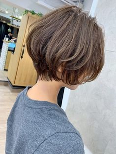 Pin on 髪型 Girls Short Haircuts, Cool Short Hairstyles, Pretty Hairstyles, Bob Hairstyles, Short Hair Syles, Short Hair Cuts, Curly Hair Styles, Tomboy Hairstyles, Kawaii Hairstyles
