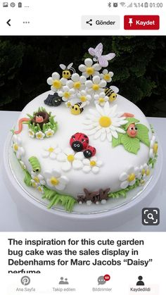 """The inspiration for this cute garden bug cake was the sales display in Debenhams for Marc Jacobs """"Daisy"""" perfume (Cake Decorating) Fondant Cakes, Cupcake Cakes, Fondant Rose, Cupcake Toppers, Party Food Catering, Decors Pate A Sucre, Super Torte, Bug Cake, Garden Cakes"""