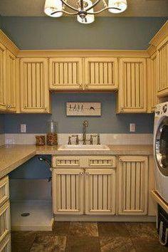 40 Easy Dog Wash Station Ideas at Home , - Dog Kennel Cheap Dog Kennels, Diy Dog Kennel, Mudroom Laundry Room, Laundry Room Design, Laundry Area, Xxl Dog Crate, Dog Kennel Panels, Dog Boredom, Dog Washing Station