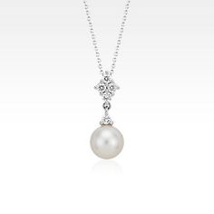 Blue Nile Freshwater Cultured Pearl Necklace with Blue Topaz in Sterling Silver - 37 (8.5mm) T4aqH