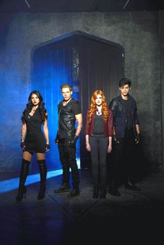 Isabelle Lightwood, Jace Wayland, Clary fray and Alec Lightwood Promo Shadowhunters Season 1