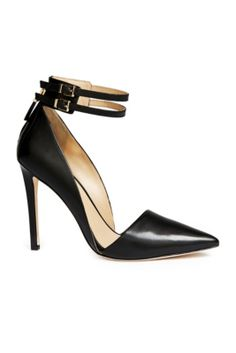 Jovan Pump | GUESS by Marciano