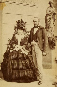 Queen Victoria and Prince Albert, Photo taken in the grounds of Osborne House, Isle of Wight. Queen Victoria Family, Queen Victoria Prince Albert, Victoria Reign, Victoria And Albert, Princess Victoria, Royal Queen, King Queen, Roi George, Queen Victoria
