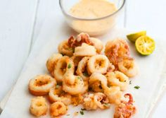 I can't think of any appetiser that I like more than fried calamari. Greek Recipes, Desert Recipes, Fish Recipes, Seafood Recipes, Fried Calamari, Appetisers, Fish Dishes, Fish And Seafood, Food Processor Recipes