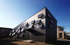 WAA ARCHITECTS 一級建築士事務所 S-House <こもれびの家>  http://www.kenchikukenken.co.jp/works/1382667589/234/