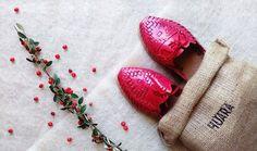 Perfect Christmas gift! #huaras #handcraftedshoes #xmas