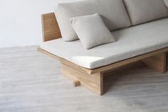 Blank Sofa by Hyung Suk Cho Is Inspired by Traditional Korean Furniture Furniture Layout, Sofa Furniture, Furniture Design, Furniture Ideas, Pallet Furniture, Rustic Furniture, Vintage Furniture, Mirrored Bedroom Furniture, Bedroom Furniture Makeover