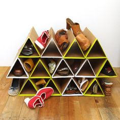 Messy shoes in closet? This SUPER space saving and sturdy DIY cardboard shoe organizing rack is easy to make and really useful!
