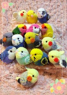 Cute Birds Crochet Tutorial and Pattern Crochet Birds, Crochet Animals, Crochet Dolls, Crochet Crafts, Yarn Crafts, Kawaii Crochet, Cute Crochet, Knit Crochet, Yarn Projects
