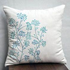 Decoração com Estampa Floral in Alone With a Paper Almofadas *Clique para ver post completo*