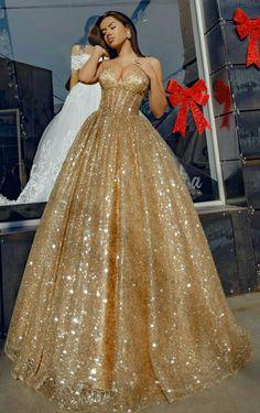Spaghetti Straps V-neck Long Gold Sequins Tulle Evening dress Elegant Prom Dresses, Best Wedding Dresses, Pretty Dresses, Beautiful Dresses, Evening Dresses, Formal Dresses, Long Dresses, Elegant Ball Gowns, Teen Dresses
