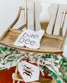 Wrenley's first bee-day party was as sweet as honey! So adorable 🐝 🍯 First Birthday Party Themes, Girl First Birthday, Baby Birthday, 1st Birthday Parties, Birthday Ideas, Bee Theme, Party Planning, Party Time, First Birthdays