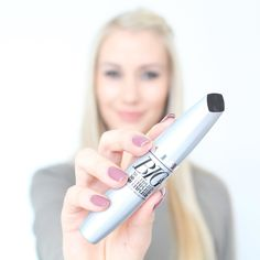 Happiness Is... BIG Lashes  loving using this @avonsouthafrica Big & Multiplied Mascara! #unleashyourlashes #review #beautyblogger #makeup #beauty #lashes